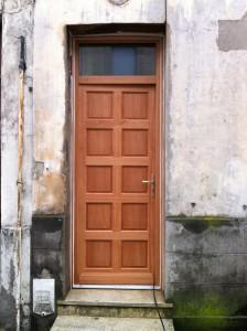 Fabrication et pose porte d'entrée