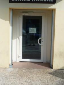porte-pvc-mairie-annexe-cenon-225x300