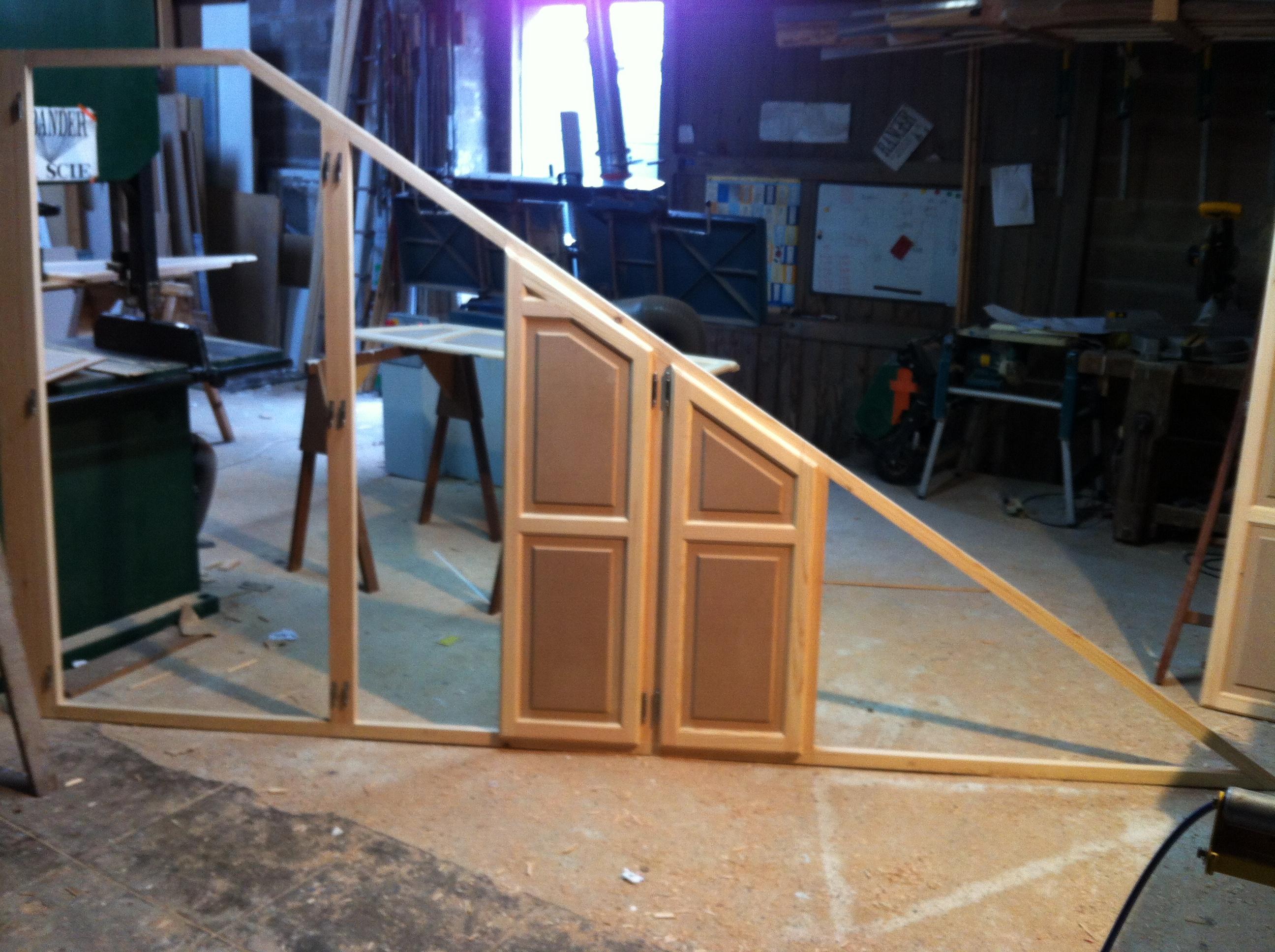 menuiserie bois sur mesure. Black Bedroom Furniture Sets. Home Design Ideas